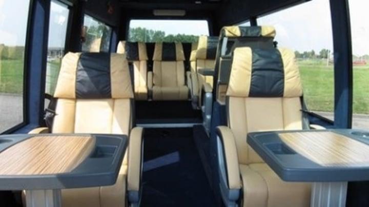 10-seater-vip