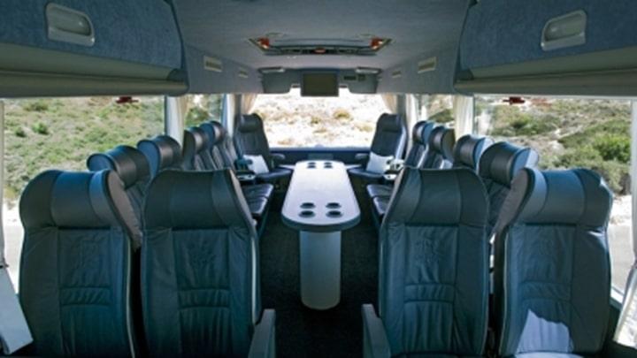60-seater-vip-interieur2